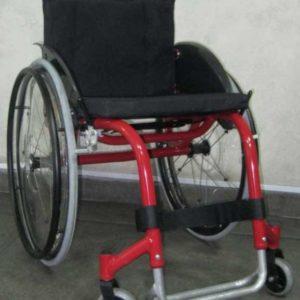 Коляска инвалидная активного типа